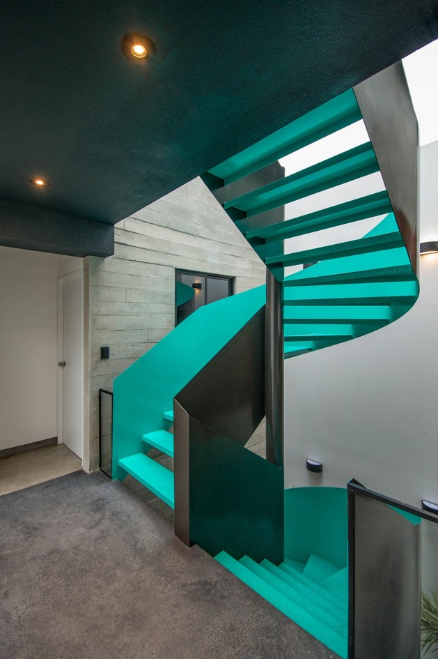 painted metal staircase in cyan 1 thumb autox945 53927 Painted Metal Staircase in Cyan