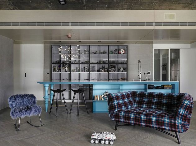 black-grey-and-blue-living-room-filled-with-roche-bobois-furniture-3.jpg
