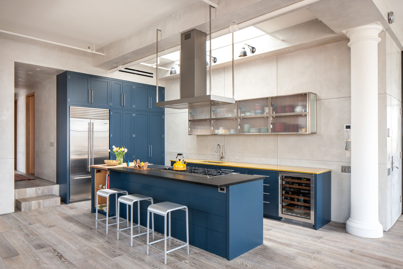 Royal blue kitchen on light color floors is a modern for Dark blue kitchen paint