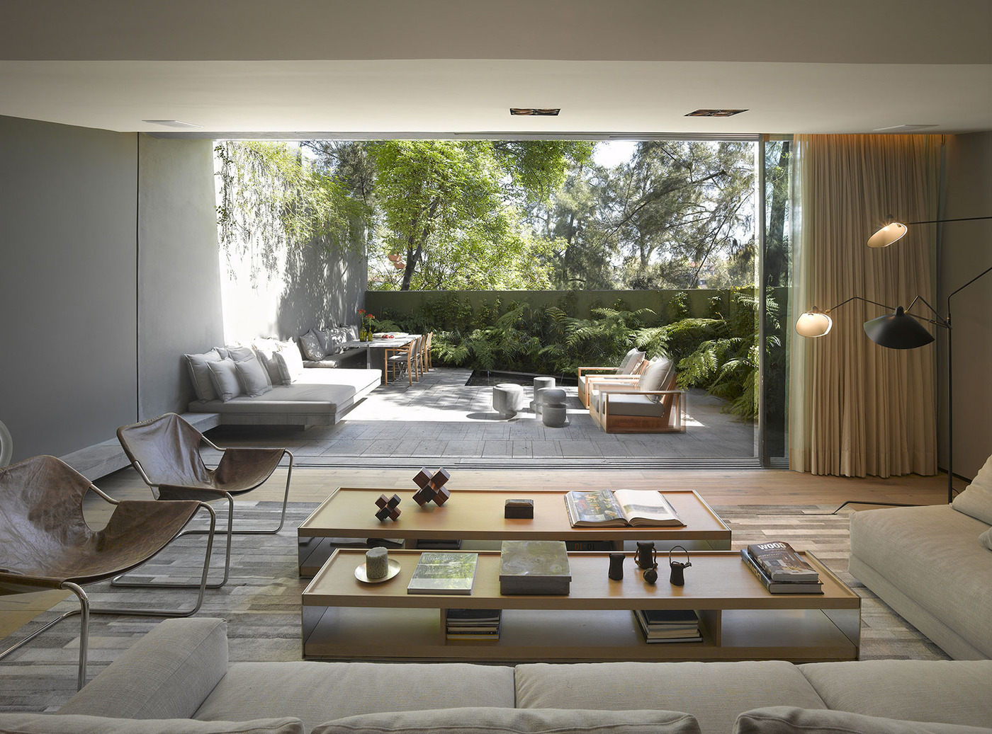 view in gallery indoor outdoor living room ezequiel farca 2 thumb 630xauto 54766 this living room transforms seamlessly from - The Outdoor Room