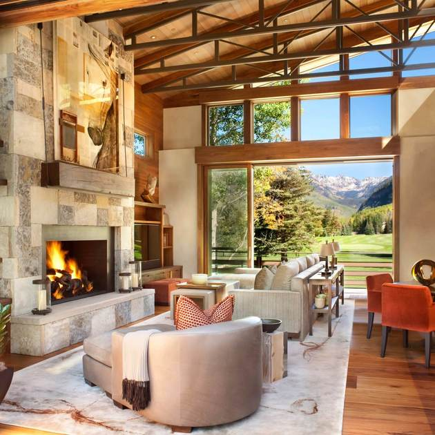 natural stone fireplace design 2 thumb 630xauto 54986 Striking Natural Stone Fireplace Design