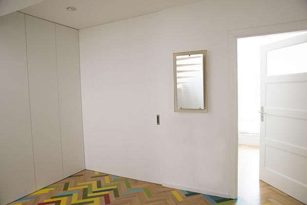 nowlab-apartment-fireman-pole-5c.jpg