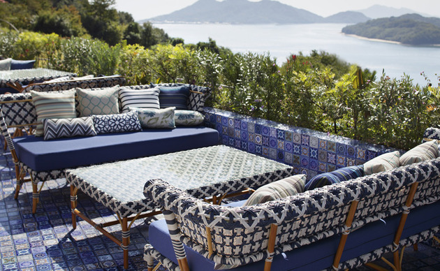 outdoor terrace tile design idea lay the entire terrace in patterned tile 1 thumb 630xauto 55076 Outdoor Terrace Tile Design Idea   Lay the Entire Terrace in Patterned Tile