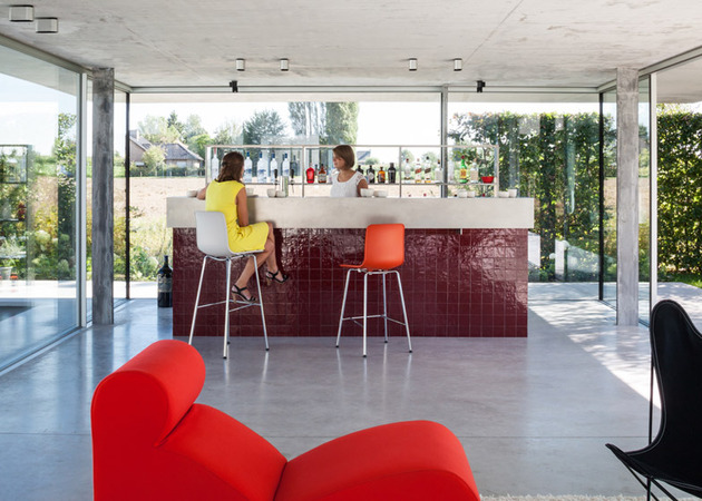 pool house bar design uses classic tile to make a modern statement 1 thumb 630xauto 55062 Pool House Bar Design Uses Classic Tile to Make a Modern Statement