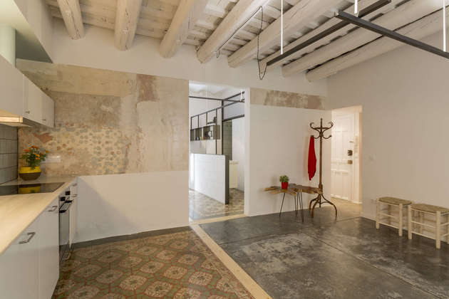tile-rug-designs-small-appartment-7.jpg