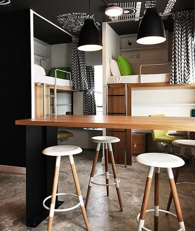 8-boldly-coloured-seriously-fun-living-quarters-students.jpg