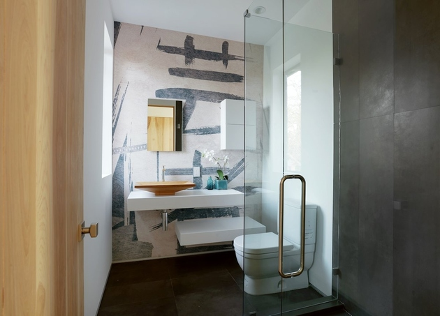 1 small bathrooms big attitudes thumb 630xauto 60792 10 Modern Small Bathroom Ideas for Dramatic Design or Remodeling