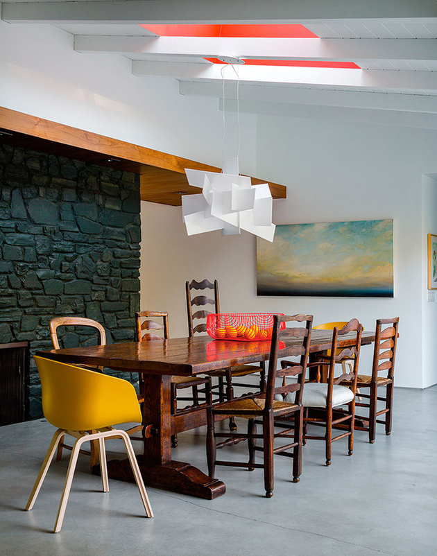 10-mid-century-modern-dining-room-yellow-modern-chair.jpg