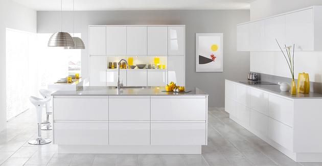 15-white-room-interiors-25-gorgeous-design-ideas.jpg