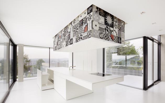19b-white-room-interiors-25-gorgeous-design-ideas.jpg