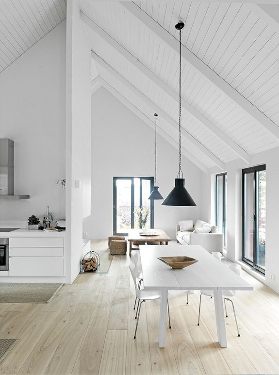 20-white-room-interiors-25-gorgeous-design-ideas.jpg