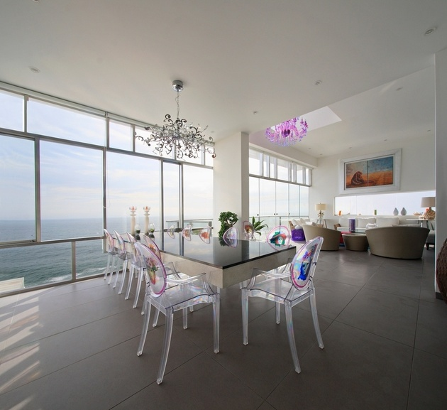 30a-louis-ghost-lucite-dining-chairs.jpg