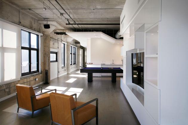 4-side-by-side-loft-integration-huge-entertainment-space.jpg