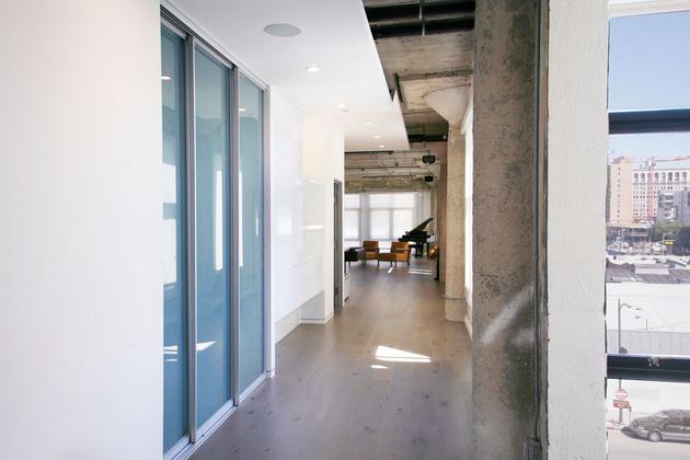 7-side-by-side-loft-integration-huge-entertainment-space.jpg