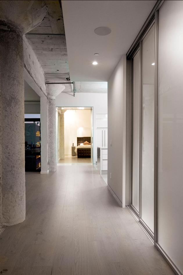 8-side-by-side-loft-integration-huge-entertainment-space.jpg