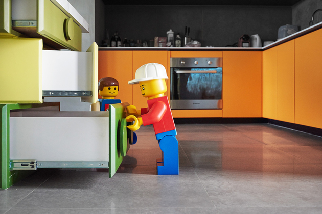 9-apartment-renovation-references-lego-modules-every-room.jpg
