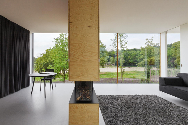 minimalist-double-sided-fireplace-divides-room-i29.jpg