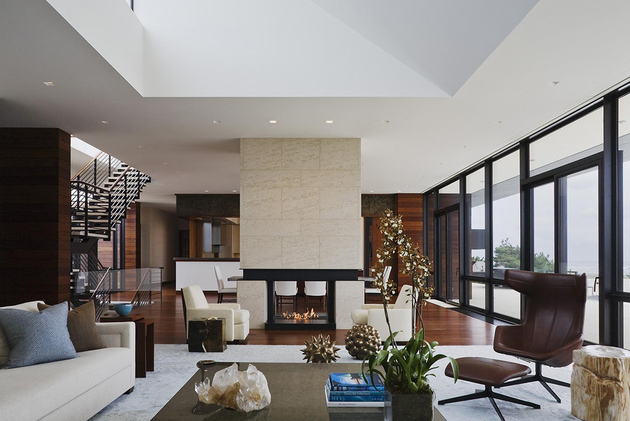 modern-fireplace-space-divider-alexander-gorlin-architects.jpg