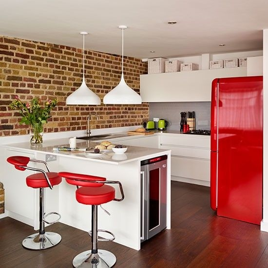 6b-red-refrigerator-and-matching-stools.jpg