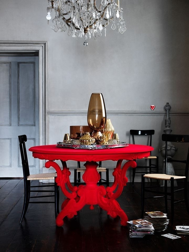 8b-red-accent-table.jpg