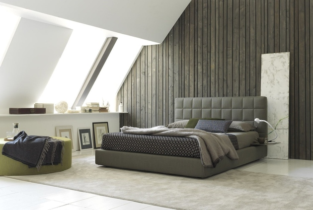 loft-bedroom-with-recycled-wood-wall-bolzan-vittoria.jpg