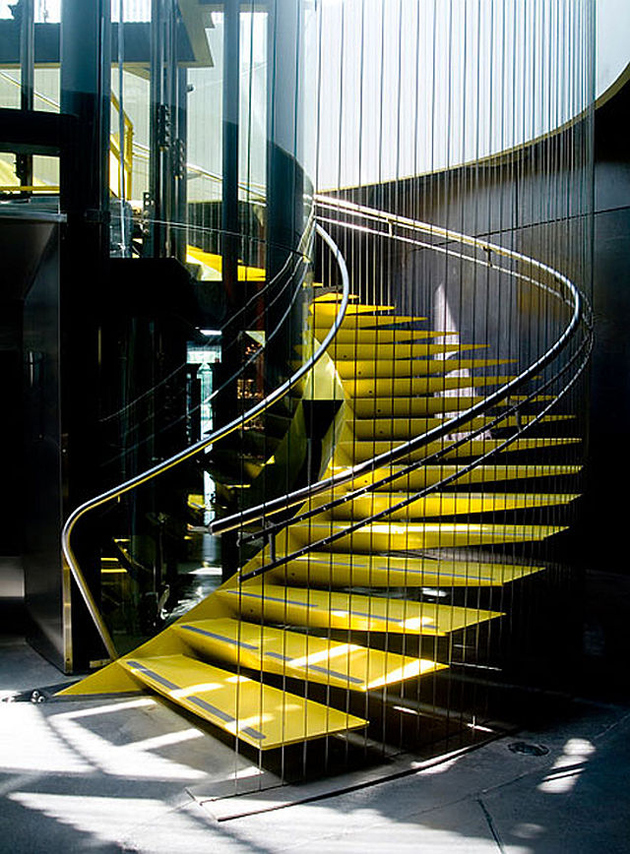 2b-colour-iffic-staircase-designs-contemporary-homes.jpg