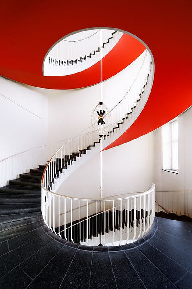 2c-colour-iffic-staircase-designs-contemporary-homes.jpg