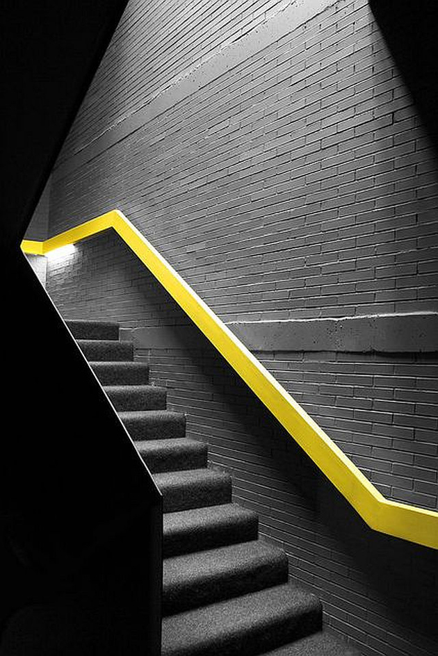 3a-colour-iffic-staircase-designs-contemporary-homes.jpg
