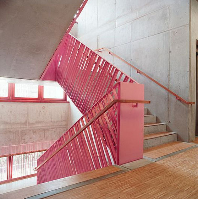 3b-colour-iffic-staircase-designs-contemporary-homes.jpg