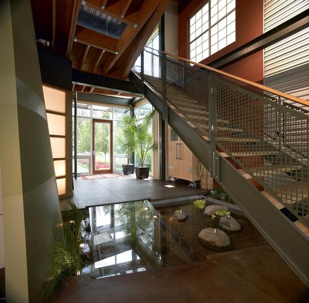 koi-ponds-and-water-gardens-for-modern-homes-29.jpeg