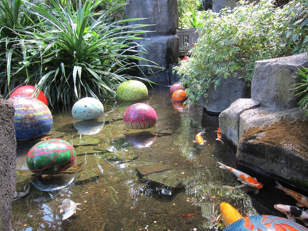 koi-ponds-and-water-gardens-for-modern-homes-32.jpg
