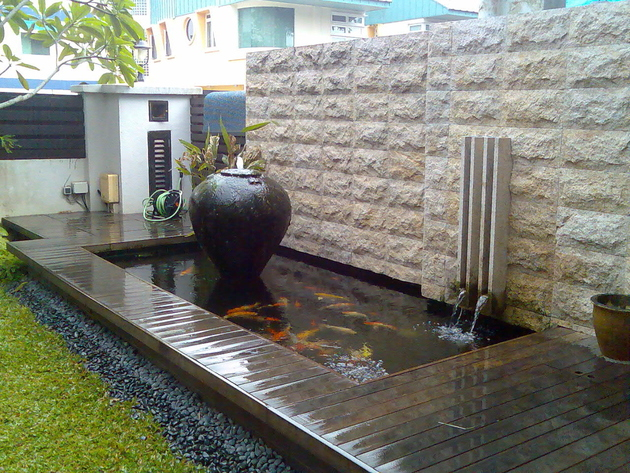koi-ponds-and-water-gardens-for-modern-homes-6.jpg
