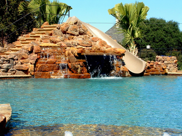 the-most-incredible-pools-on-the-planet-31.JPG