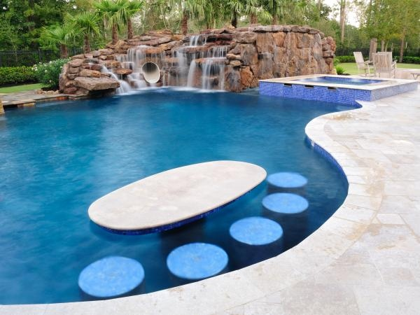 the-most-incredible-pools-on-the-planet-40.jpg