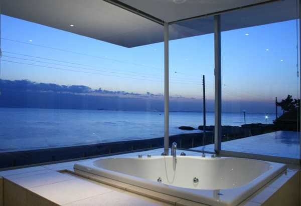 bathroom design with view 2 Bathroom Design with a View
