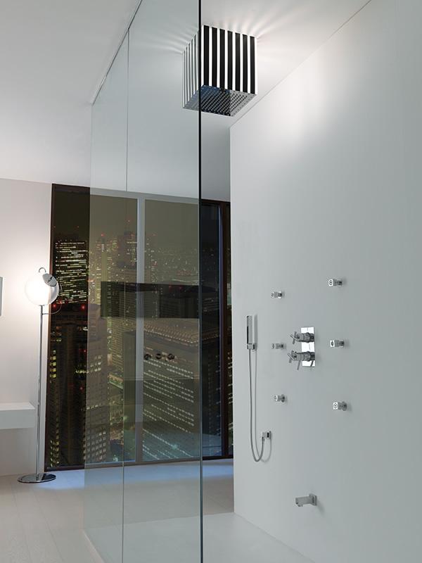 bathroom-interiors-jaclo-lumiere-quadro.jpg