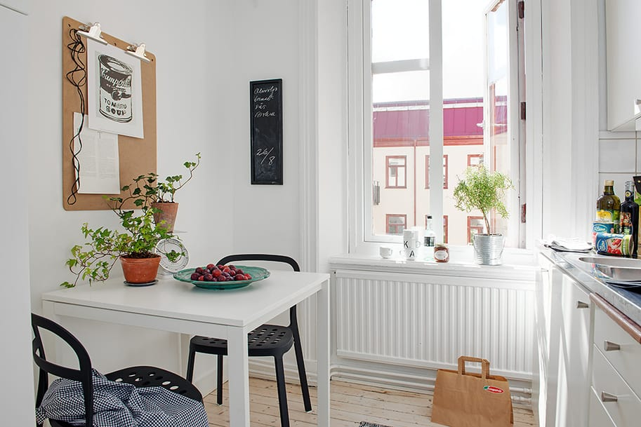 View In Gallery Casually Comfortable Decor Driven Apartment Sweden Kitcehn Table