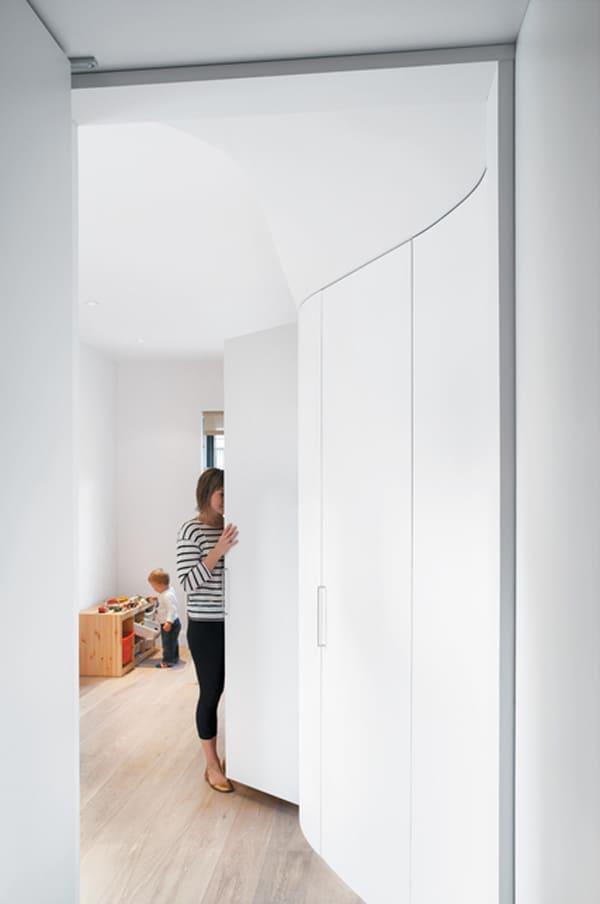compact apartment renovation 8