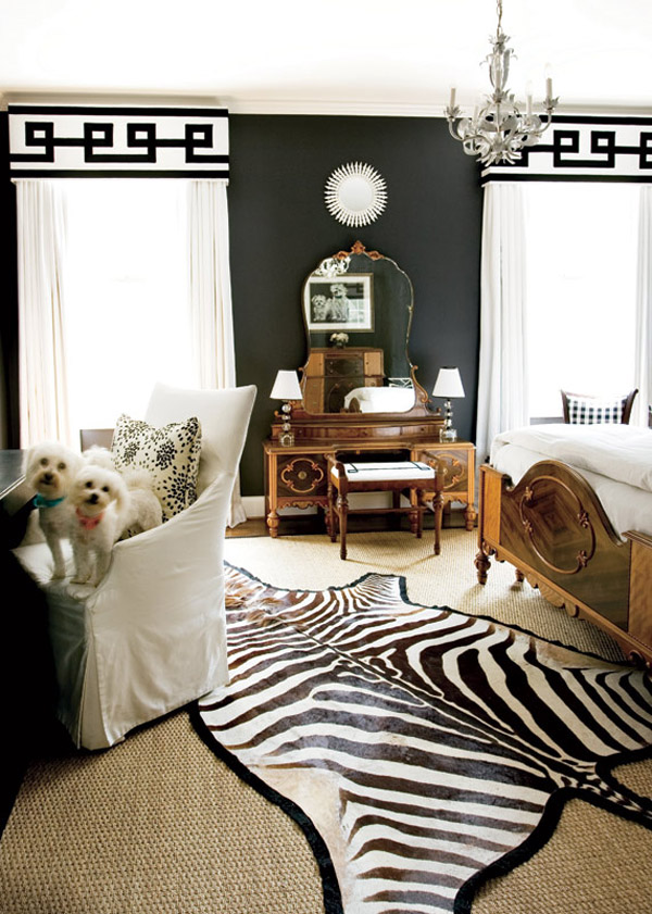 decorating black walls 4 Decorating with Black Walls