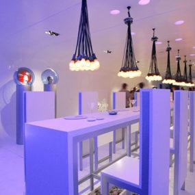 Modern Bar Design Idea by Felipe Assadi