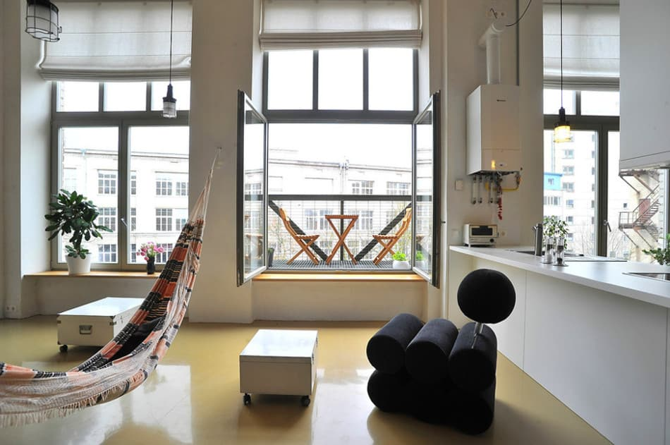 View In Gallery Factory Loft With Integrated Hammock Mezzanine 2 Window  Straight Thumb 630x418 25295 Factory Loft With An