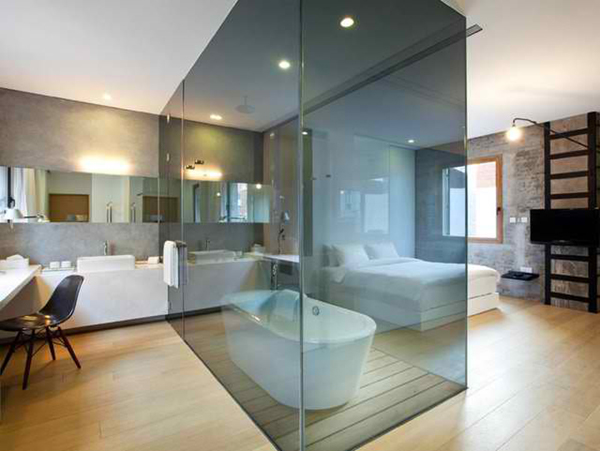 Glass Dividers in Bathroom - interesting interior idea