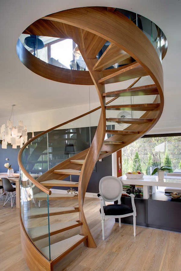 Contemporary spiral staircase in wood and glass for Spiral staircase plan