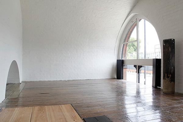 london-apartment-glorious-interior-architecture-2.jpg