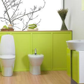 Zen-like style, simple, tranquil bathroom