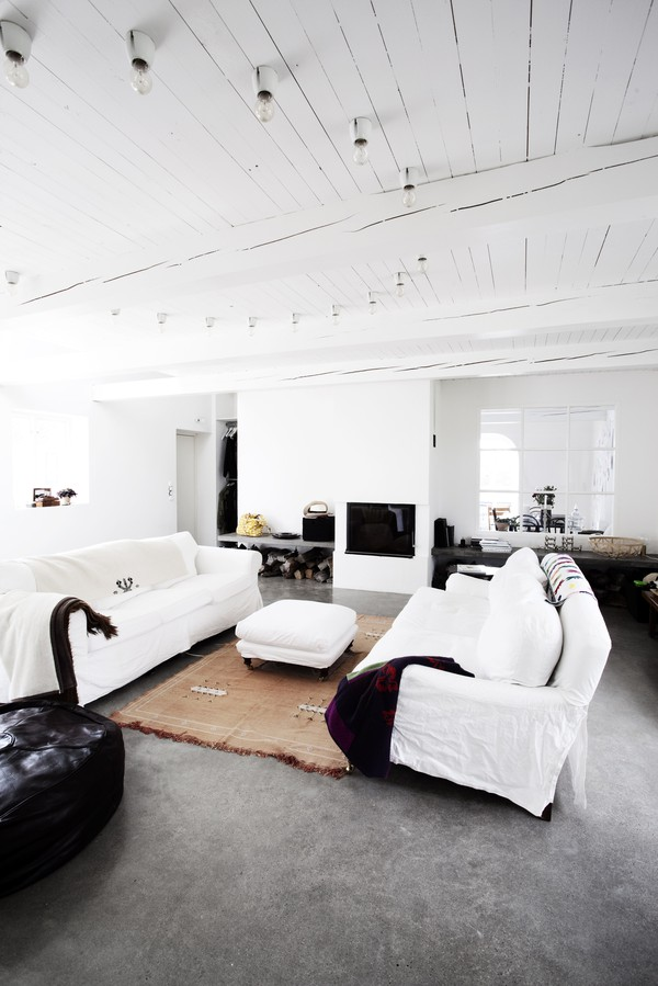 scandinavian style interior design white 4