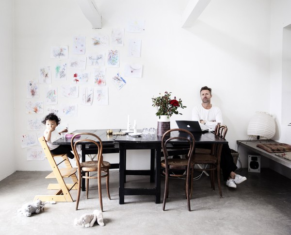 scandinavian-style-interior-design-white-6.jpg