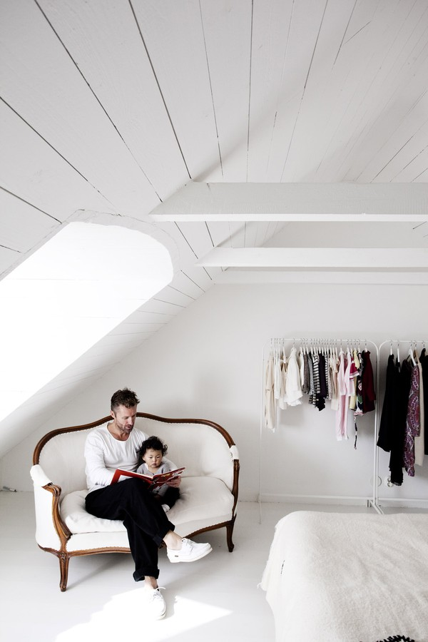 scandinavian style interior design white 7