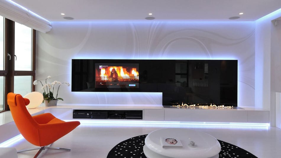 Stylish Contemporary Apartment Boasting Sophisticated Lighting System