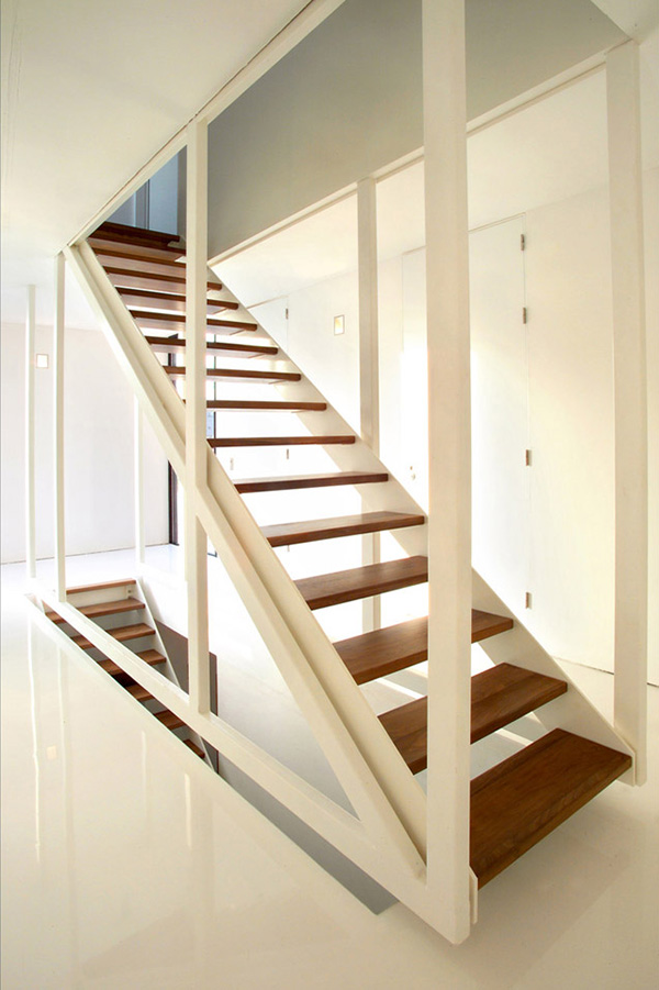 suspended stair design 123dv 1 Suspended Stair Design by 123DV in dark wood and white frame
